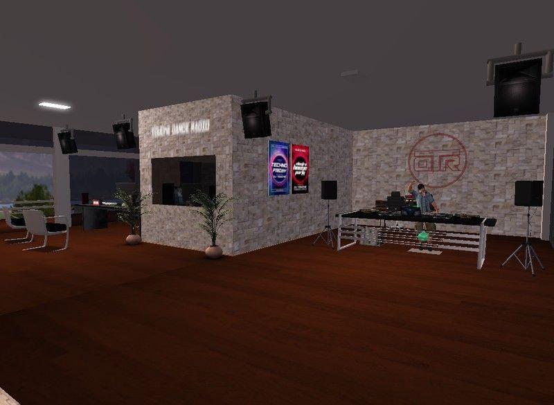 Touche Dance Radio VR Office